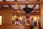 Le groom acrobate